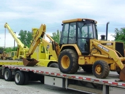BACKHOE TRANSPORT