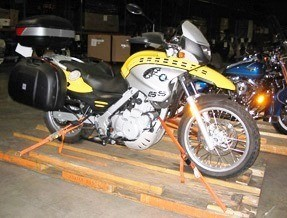 MOTORCYCLE PALLETIZING
